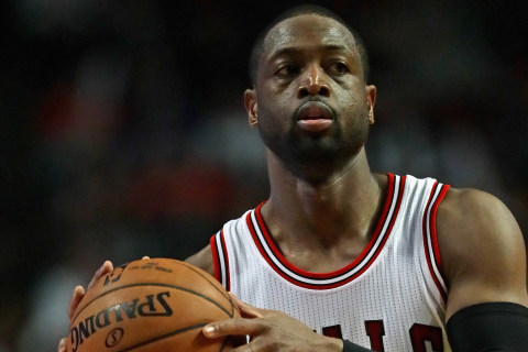 Dwyane Wade on Re-signing With Bulls: '24 million reasons'