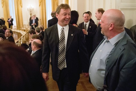 Dean Heller Becomes the Fifth GOP Senator to Oppose Health Care Bill