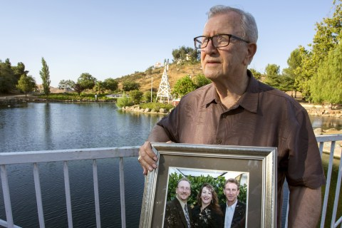 California Father Buries Wrong Man After Coroner's Mistake
