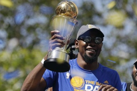 Kevin Durant Opens Up About Decision to Leave Thunder