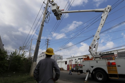 Puerto Rico Takes Steps to Boost Electric Power by Next Week