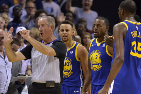 The NBA Just Fined Steph Cury 50 Grand For Doing This to a Ref