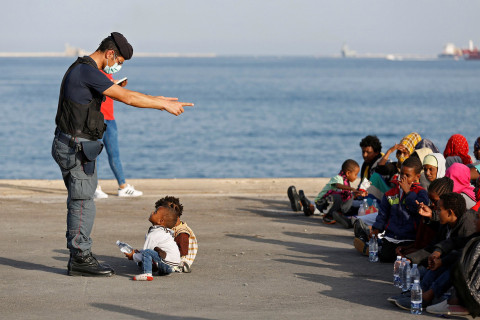 15,200 children arrive in Europe on own as migrant crisis deepens
