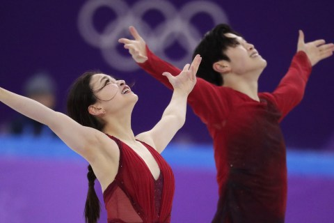 'Shib Sibs' open ice dance medal pursuit tonight in primetime