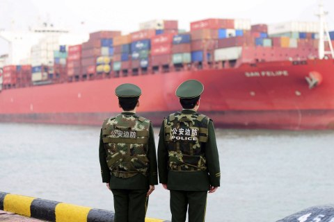 China threatens 'all necessary measures' if Trump imposes trade tariffs