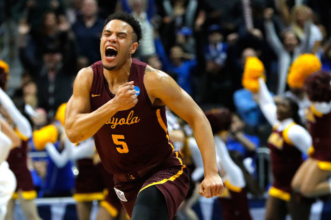 No. 11 Loyola reaches Elite Eight as dream run continues