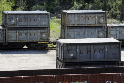 Stranded NYC 'poop train' has small-town Alabamians stinking mad