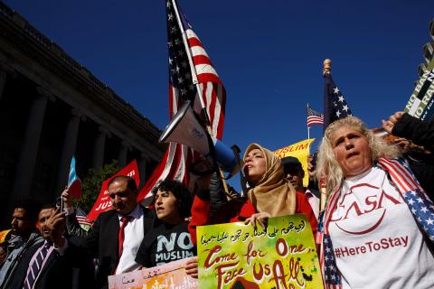Trump travel ban returns to U.S. Supreme Court