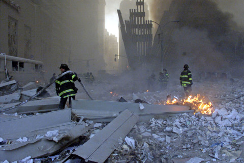 9/11 first responders begin to feel attack's long-term health effects