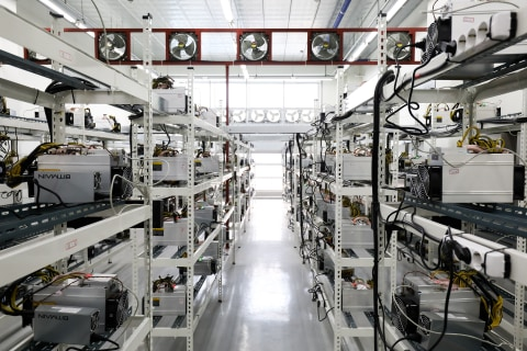 Study claims Bitcoin uses as much energy as Ireland. Not so fast, experts say.