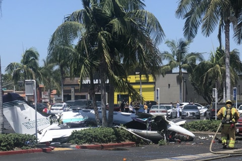 Five killed when small plane crashes in California parking lot