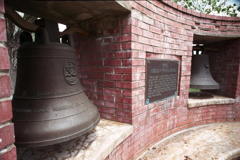 Wyoming officials oppose returning war-trophy church bells to Philippines