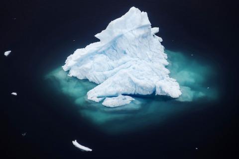 Trump team advocates burning fossil fuels, even as U.S. scientists sound alarm on melting Arctic