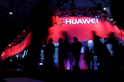 Despite China concessions, Trump encouraged to keep pressure on Huawei