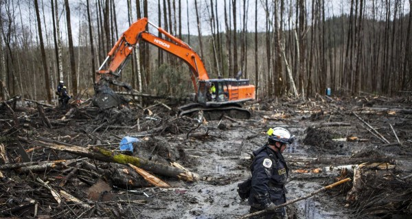 Oso Mudslide: Lawsuit Blames State, Logging Company for Deadly Disaster