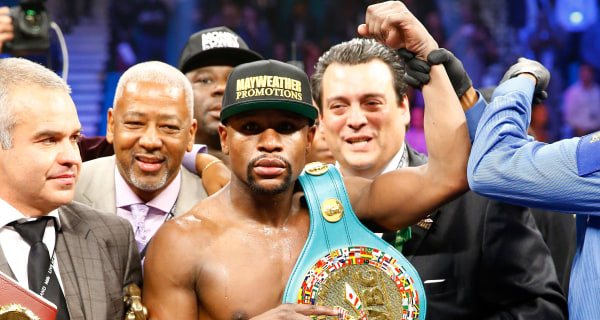 Floyd Mayweather Jr. Beats Manny Pacquiao by Unanimous Decision