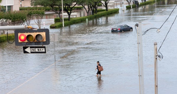 At Least 18 Die After Storms in Texas and Oklahoma