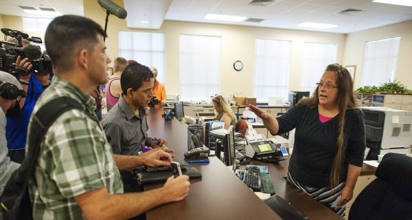 Kim Davis, Kentucky Clerk Blocking Gay Marriages, Has Had Her Own Marital Strife