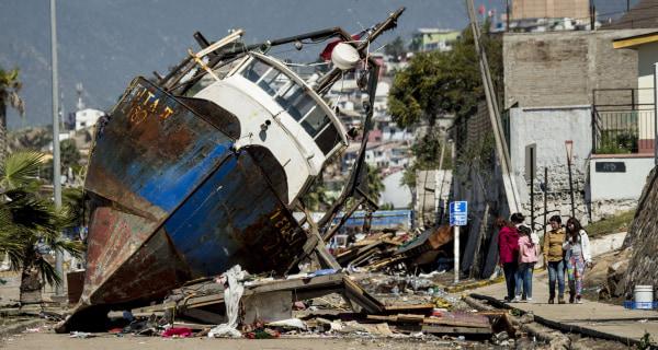 Powerful Earthquake Rocks Chile