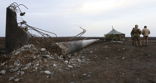 Crimea Largely Without Power After Ukraine Transmission Tower Blasts