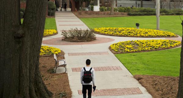 International College Students Leery of Trump Could Cost U.S. Billions
