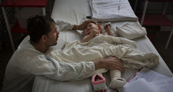 Afghanistan Hospital Struggles to Keep Pace With Civilian Casualty Rate