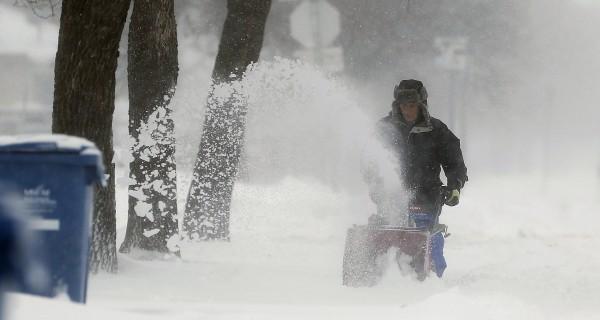 Season's First Arctic Blast Brings Subzero Temperatures to Plains