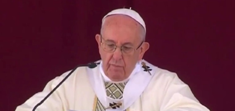 Pope's Timely Egypt Visit Comforts Grief-Stricken Christians