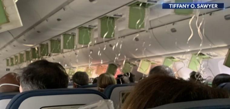 Delta plane quickly descends 30,000 feet in controlled descent