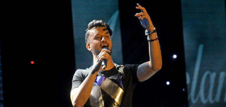 Pakistani Singer Atif Aslam Halts Concert to Stop Woman Being Sexually Harassed