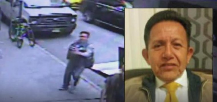 Thief Who Walked Off With $1.6M in Gold Nabbed: Sources