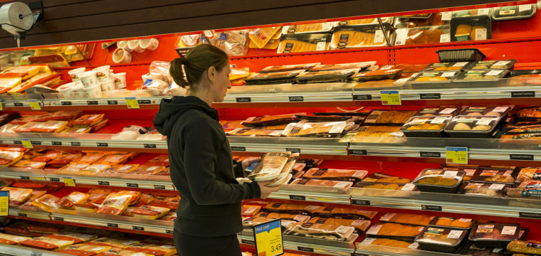 You're Getting Skinned on Chicken Prices, Suit Says