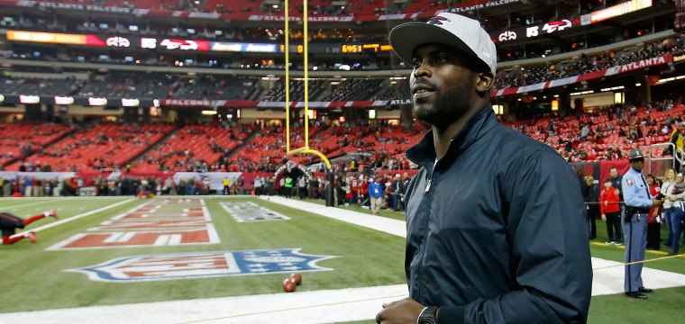 Here's What Team Michael Vick Will Retire With in 2017