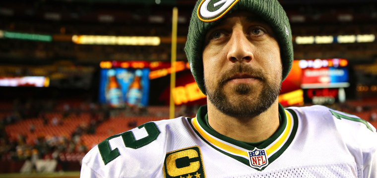 Peter King: Aaron Rodgers isn't scared — of aging, new contracts or sharks (anymore)