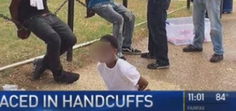 Teens Handcuffed for Selling Water on National Mall