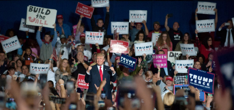 How Donald Trump Is Splitting the Republican Party in Two