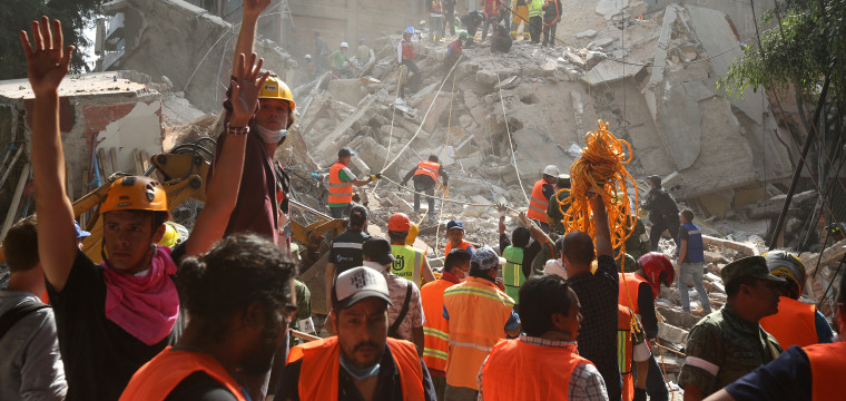Mexico Earthquake: More Than 200 Dead as Buildings Collapse
