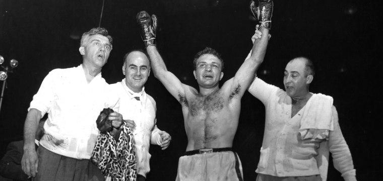 Jake LaMotta, Legendary Boxer Immortalized in 'Raging Bull,' Dies at 95
