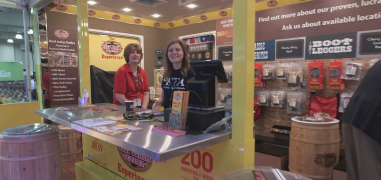 Trade Show Booth Ideas to Boost Sales