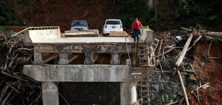 'We move forward': Despite devastation, Puerto Ricans are celebrating Thanksgiving