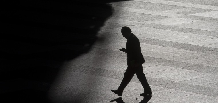 Supreme Court says police can't use your phone to track you without a court order