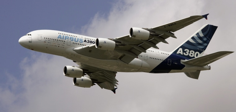 Airbus could abandon A380 superjumbo without Emirates deal