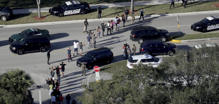 Parkland shooting: Armed school resource officer 'never went in' to school during shooting