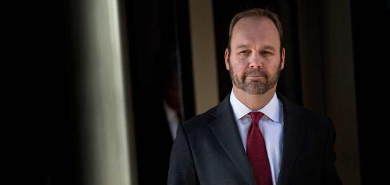 Former Trump campaign aide Rick Gates set to plead guilty