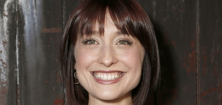 'Smallville' actress Allison Mack to appear in court for case involving alleged sex cult Nxivm