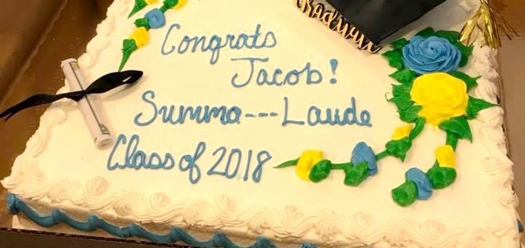 Grocery sees dirty word in 'Summa Cum Laude,' censors cake