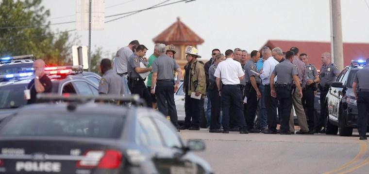 Gunman opens fire in Oklahoma City restaurant, is shot dead by bystanders