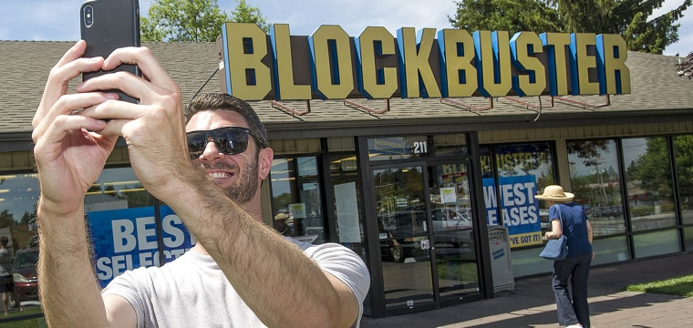 Inside the last Blockbuster video store in America