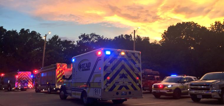 11 people killed when duck boat capsizes near Branson, Missouri
