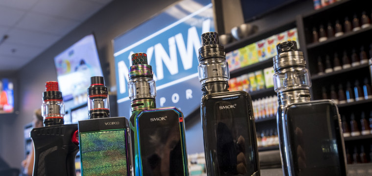 E-cigarette sales soared as prices fell, CDC study finds